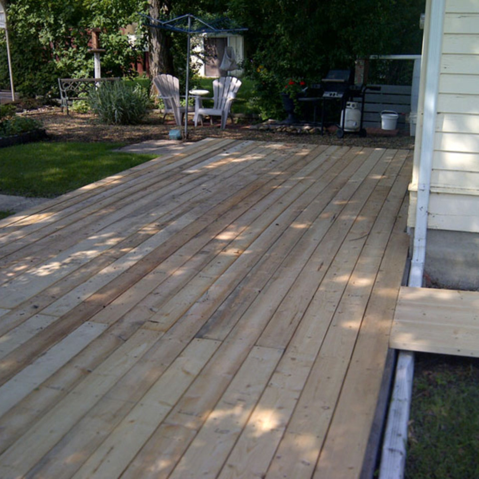 Fix a deck photos00620130919 29829 umkq1h 0