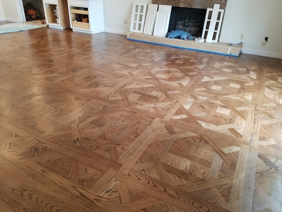 "<span class=""font-size-s""><span style=""color: #A52A2A;""><em><strong>Expert Hardwood Floor Installation and Restoration</strong></em></span></span>"