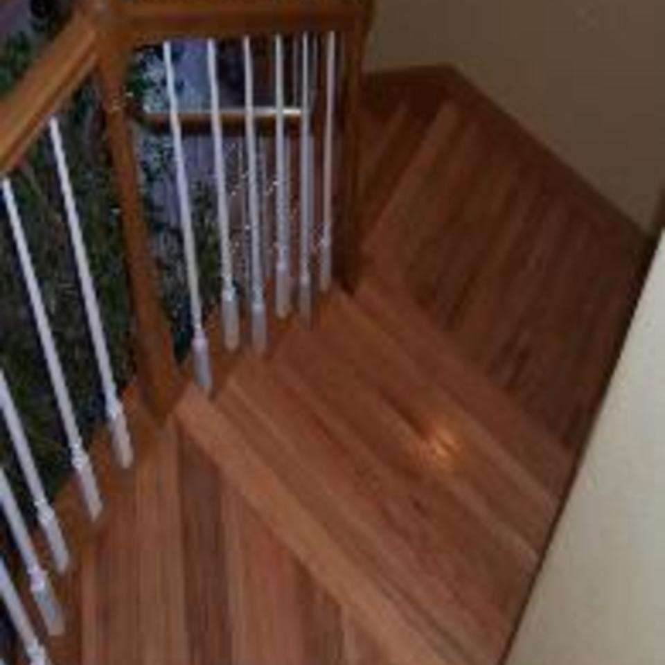 Roper hardwood floors   tulsa  ok   stairs and balusters   wooden handrail and spindles20170511 12372 lf9ov1 960x960