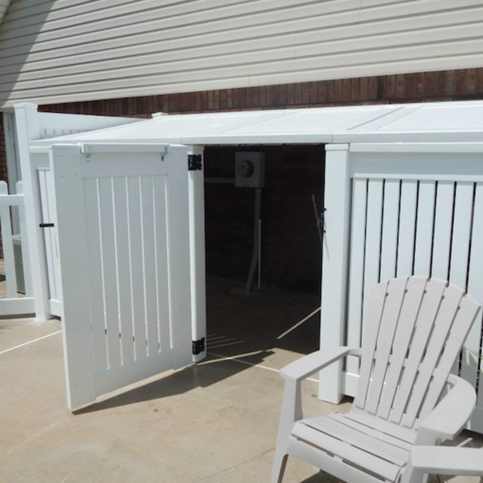 Midland vinyl fence   deck company   tulsa and coweta  oklahoma   vinyl metal wood fence sales and installation   semi privacy   vinyl white semi private patio shed with gate20170609 4251 bdnsox