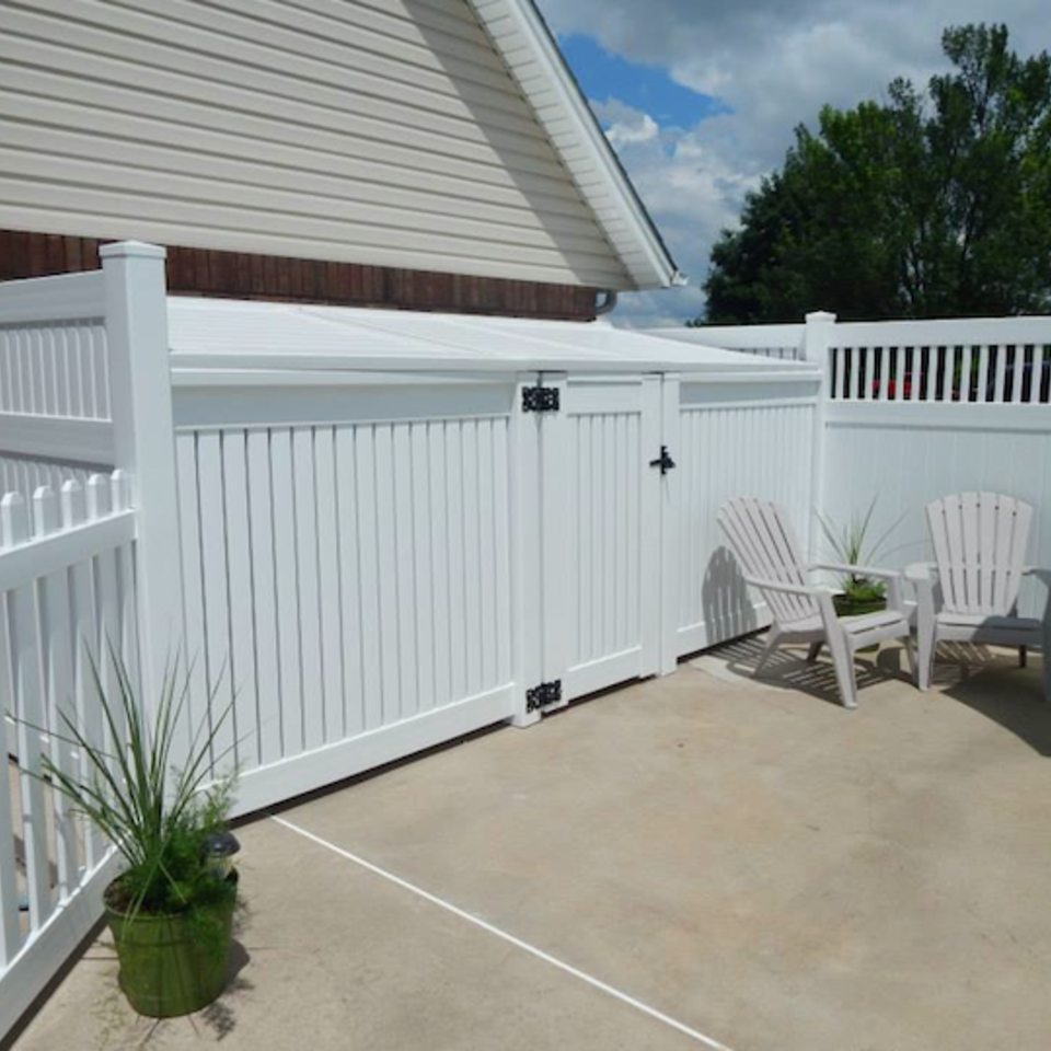 Midland vinyl fence   deck company   tulsa and coweta  oklahoma   vinyl metal wood fence sales and installation   semi privacy   vinyl white semi private pool shed with gate20170609 5047 1j4lwjy