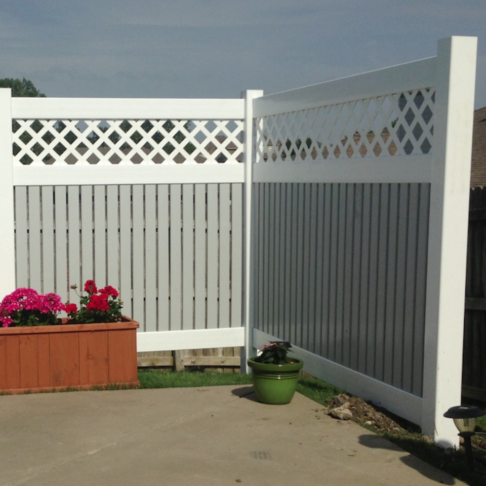 Midland vinyl fence   deck company   tulsa and coweta  oklahoma   vinyl metal wood fence sales and installation   semi privacy   vinyl white two color semi private pool fence with lattice  tall  closeup20170609 5047 2595ew