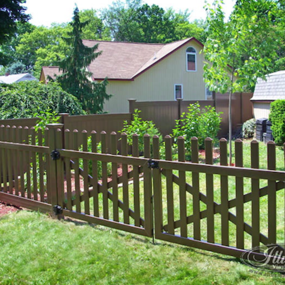 Midland vinyl fence   deck company   tulsa and coweta  oklahoma   vinyl metal wood fence sales and installation   picket   vinyl brown picket fence with gate20170609 10688 1ckpdjk