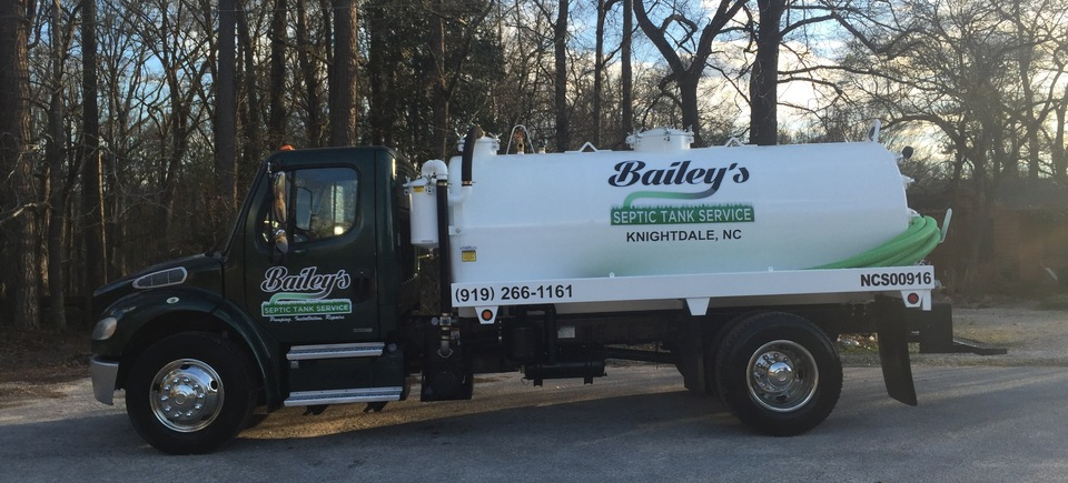 Baileys septic tank services pic 120170619 16609 aktr42