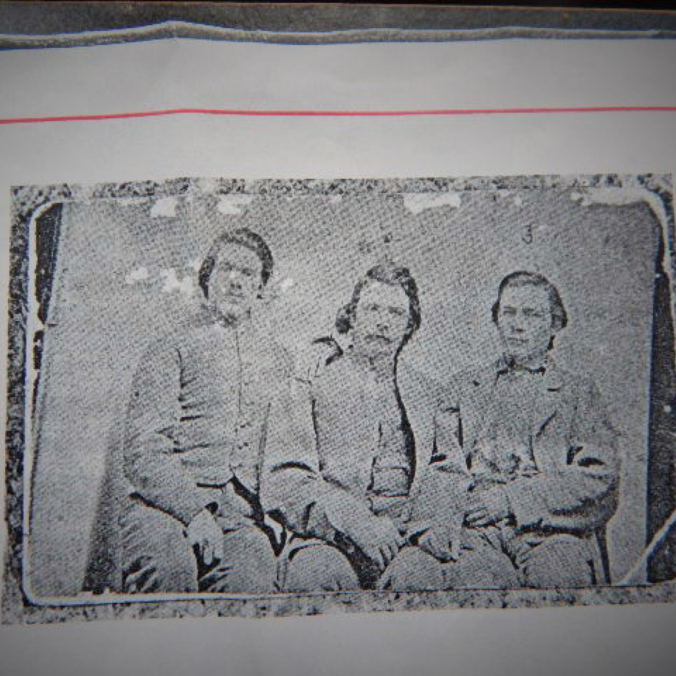 Published   id'ed 3 csa soldiers  camp douglas  cdv files720170918 15159 156ljln