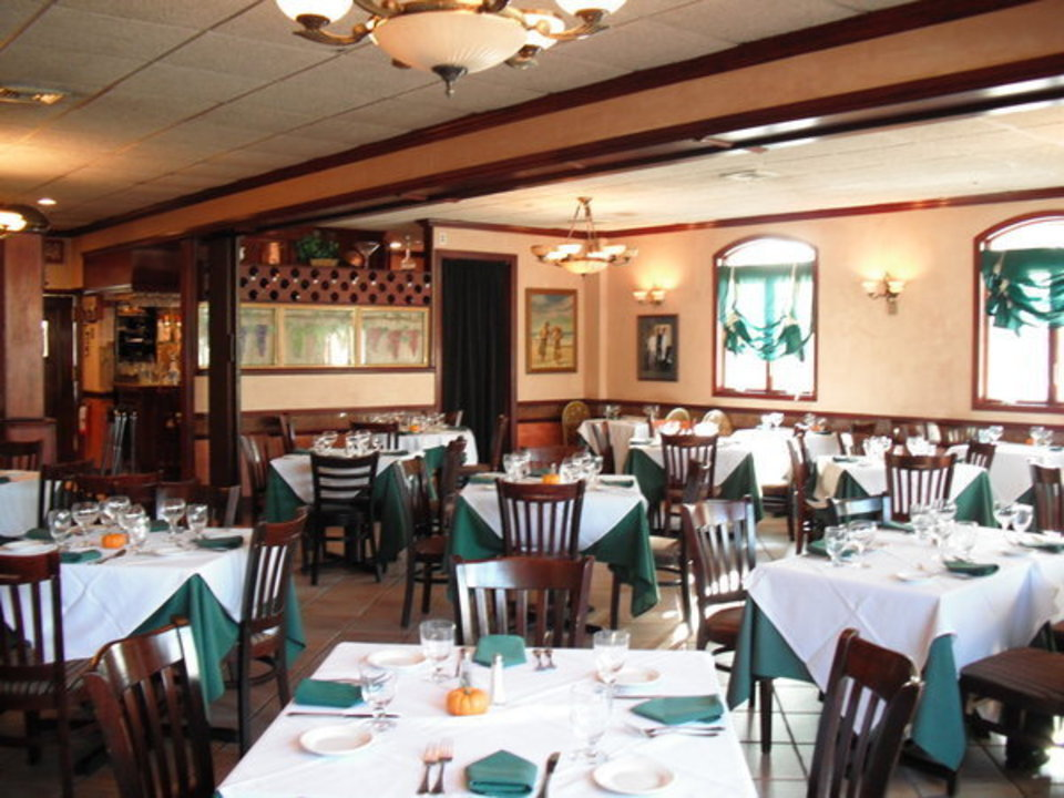 Elisa S Restaurant East Meadow