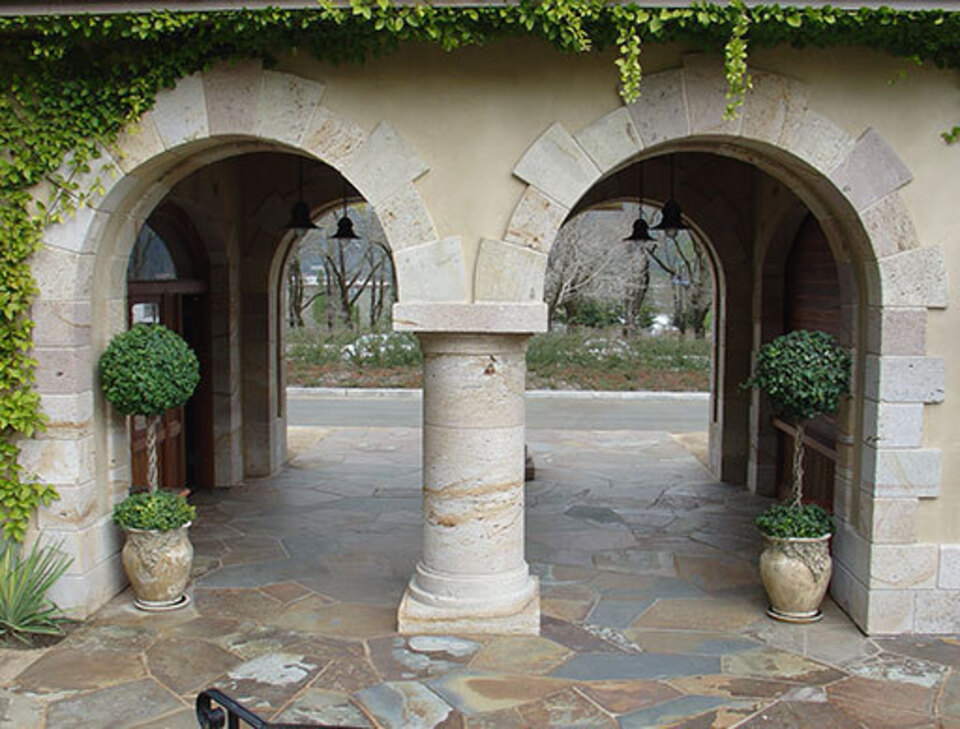 Tufa columns with montana flagstone