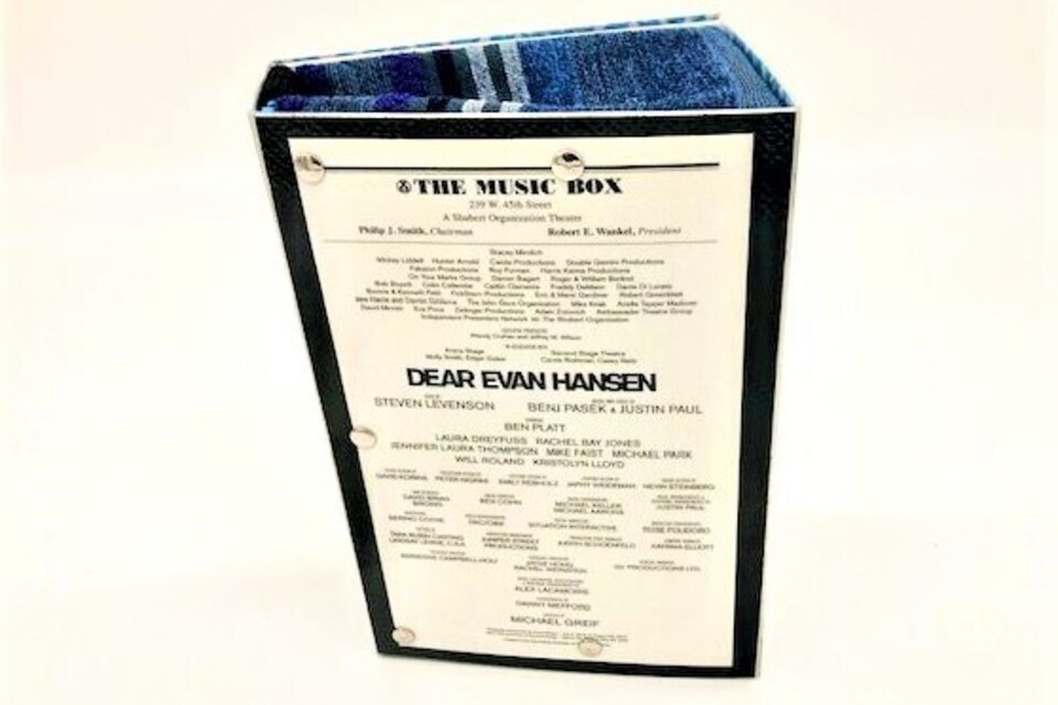 Handbag dear evan hansen2   back