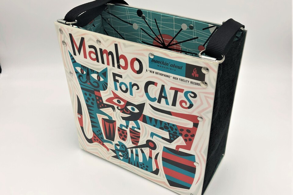 Tote mambo for cats   front