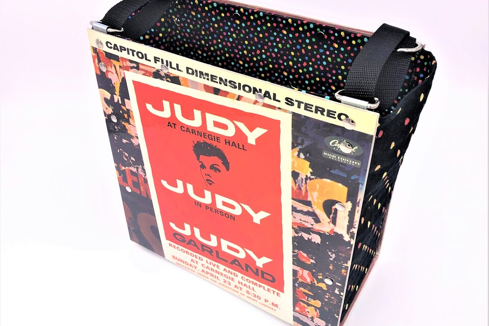 Tote judy garland at carnegie hall  front