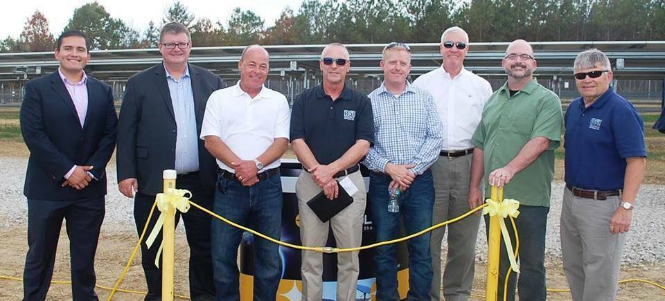 Solar array plateau park solar tennessee restoration services vis solis ribbon cutting20170203 12120 y71y6v
