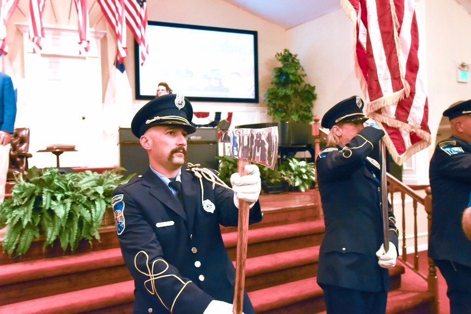 Calvary Baptist honors public servants at annual service
