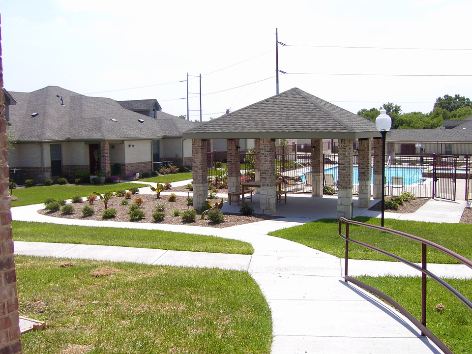Oak Timbers Apartments Your New Home
