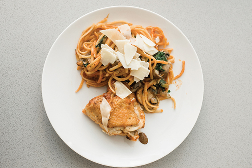 Nuredo magazine   tulsa oklahoma   living recipes   family focused foods   13875 embed1   roasted garlic marinara braised chicken with linguini20180125 29730 1ivwqbl
