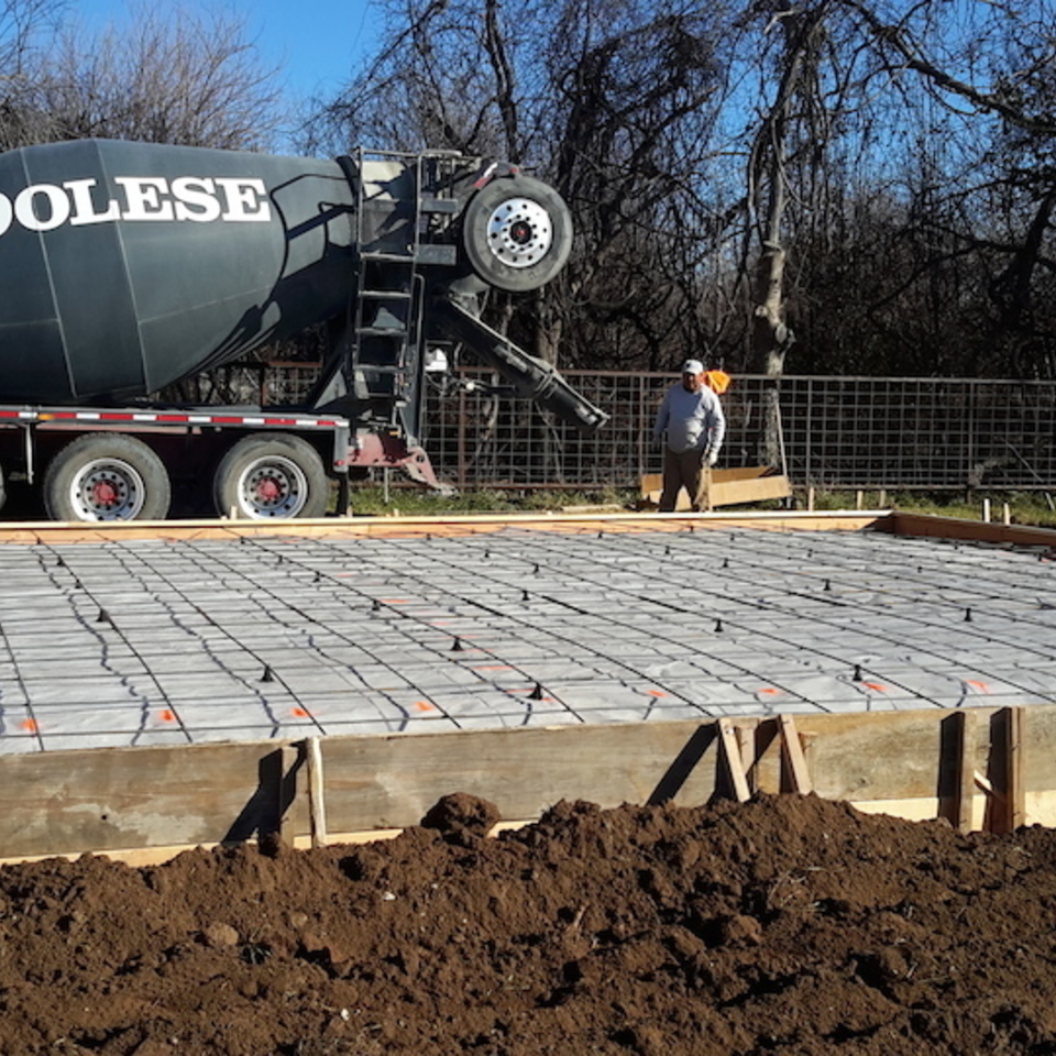 Nuredo magazine   tulsa oklahoma   remodeling   engineered concrete systems   new reinforced concrete slab being poured20180126 18357 he6nt9 960x960