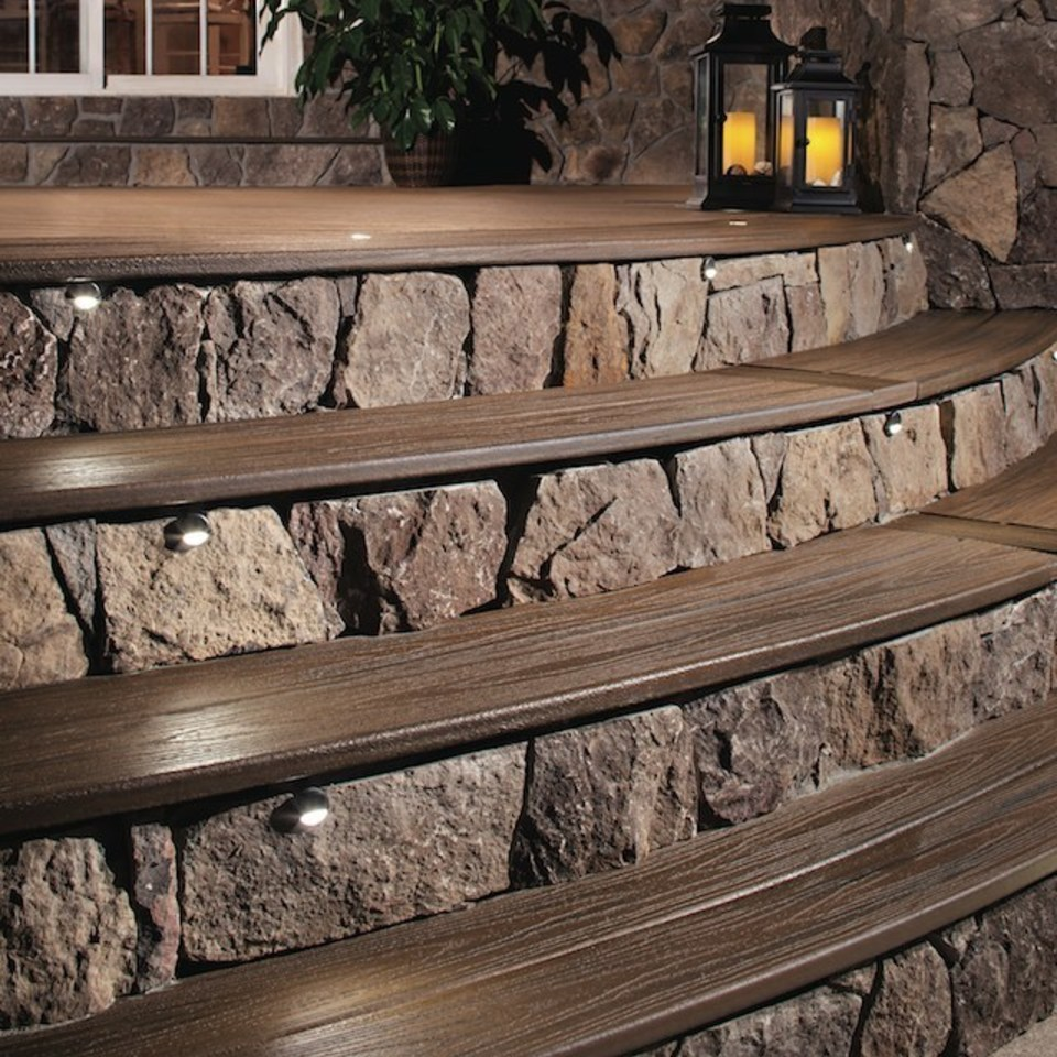 Nuredo magazine   tulsa oklahoma   remodeling   deck design 101   13898 c 960   focus shot of deck stairs with stone risers20180615 17953 lu1rnp