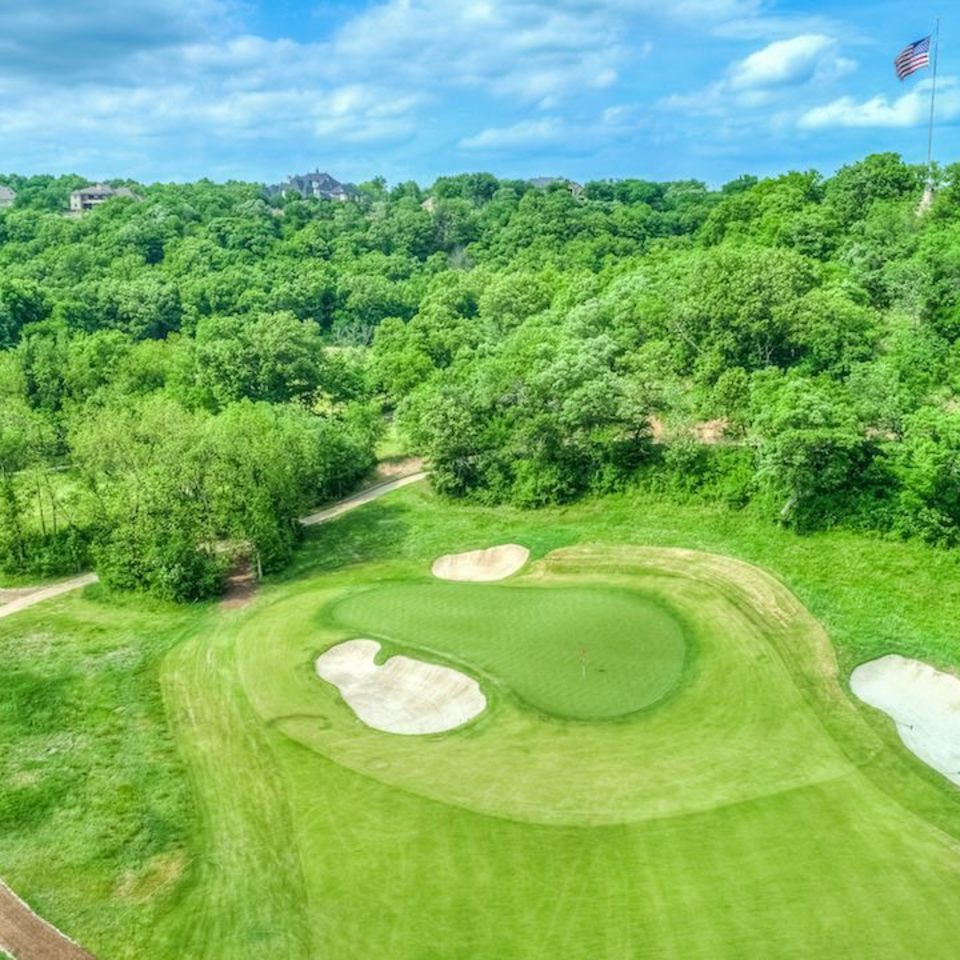 Nuredo magazine   tulsa oklahoma   neighborhoods   stone canyon cover story   patriot golf course 4 960